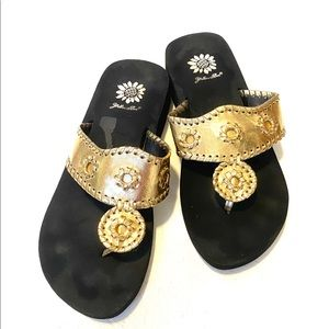Yellow Box Sandals Gold size 8